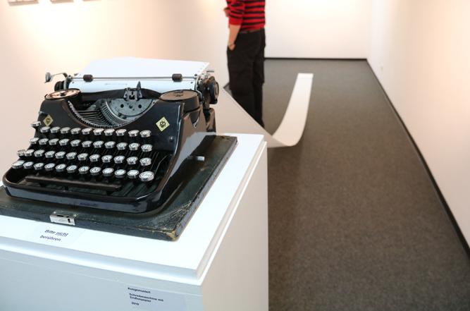 Andreas Letzel MedienKunst Photography 'Ausgemustert 2019' Gallery Communication in Art