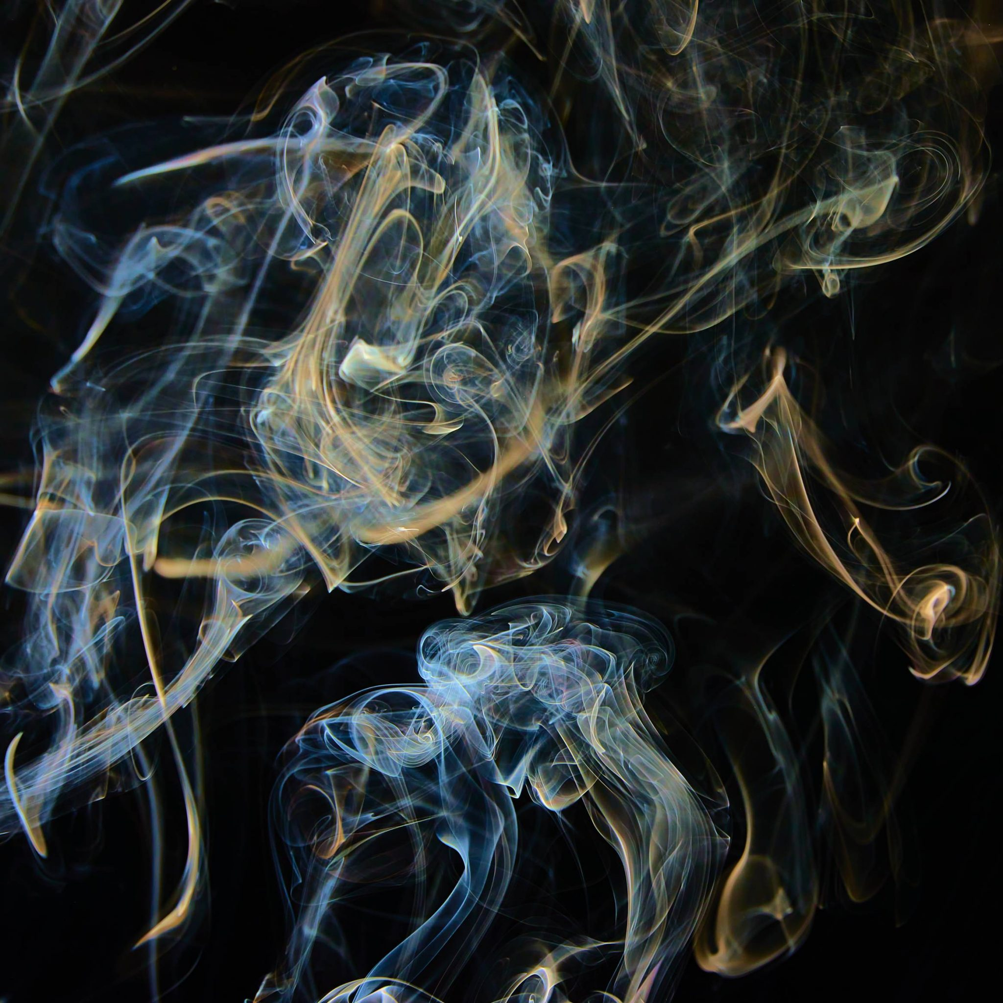 Art: New work by photographer Hendrik Jan Jager: colored smoke @Gallery CommunicationinArt